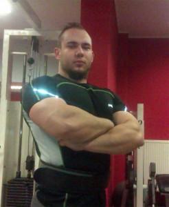 Mateusz Wrzesiński Zam: Golub-Dobrzyń Wiek: 22 lata Wzrost: 180 cm Waga: 104 kg