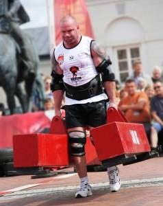 Przemysław Brzoza zam. Mrągowo Wiek: 31 lat Wzrost: 192 cm Waga: 130 kg